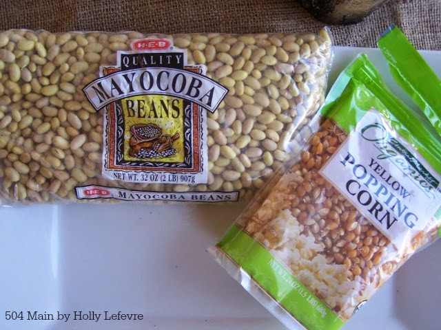 Create a Simple #Thanksgiving Centepriece using beans as inspiration by 504 Main