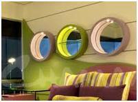 MIRRORS DECORATING A SMALL BEDROOM   HOW TO DECORATE A REALLY SMALL  DORMITORY
