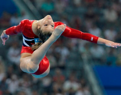 women gymnastic