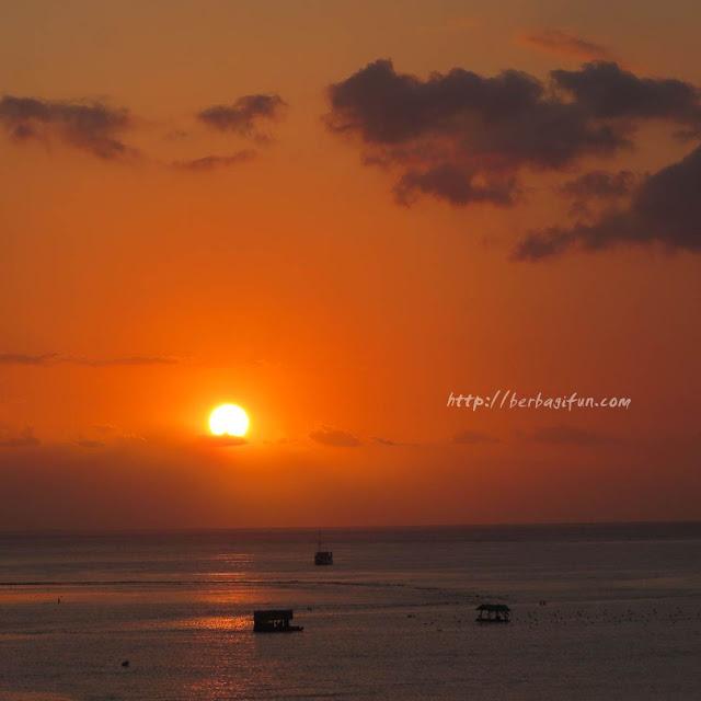 sunset teluk nara lombok