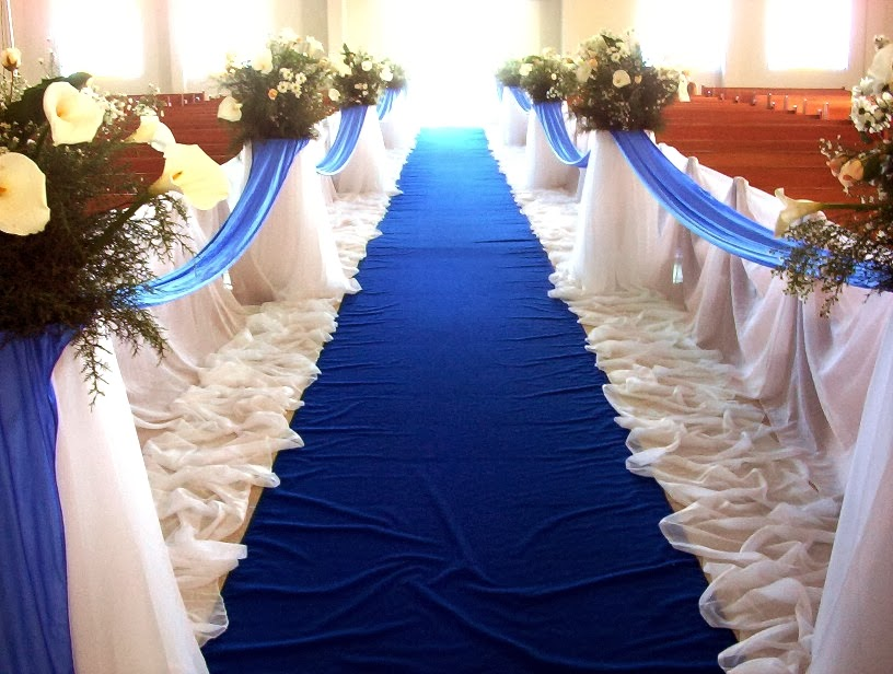 http://designerchaircoverstogo.com/blog/2012/09/blue-wedding-inspiration-themes/