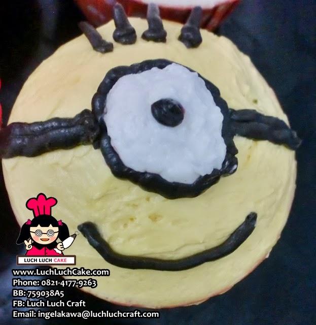 cupcake minion murah