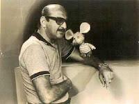 Hugo Romani lo descubre en Italia y en el 69 nos lo trae a Argentina...Precisamente en la galera