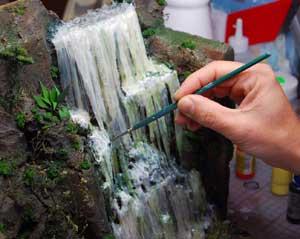 Como hacer maquetas como hacer efecto de agua for Como hacer una laguna artificial