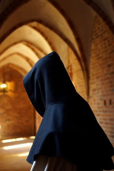 Uma legião de monges tirou Europa do caos e da ignorância