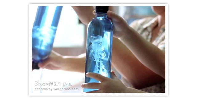Como fazer uma água viva com uma garrafa PET e um saco plástico
