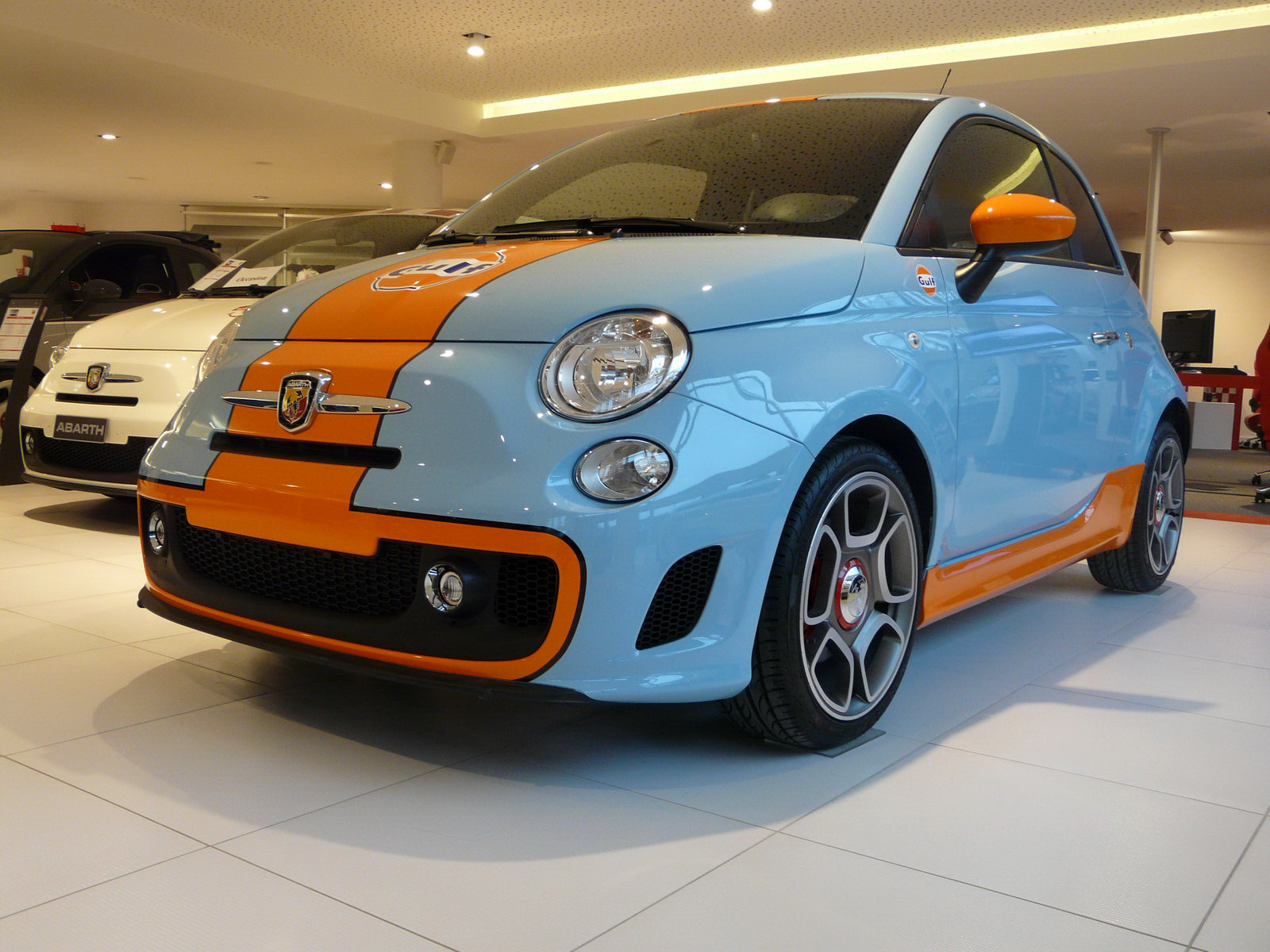 http://2.bp.blogspot.com/-rNuEAfCbup4/TVSJUTiDkeI/AAAAAAAABDU/xXSauKfg0bU/s1600/Fiat-Gulf-1_3_1.jpg
