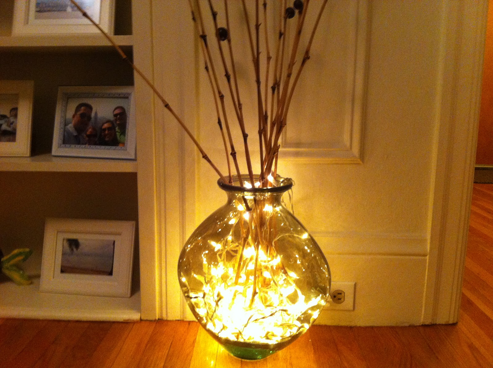 Beauty Around It: Easy Decorating - Lighted Vase
