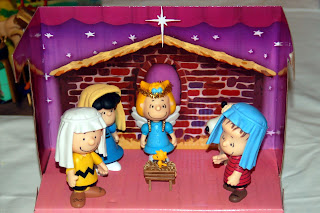Seasonalpics Snoopy theme manger scene photo