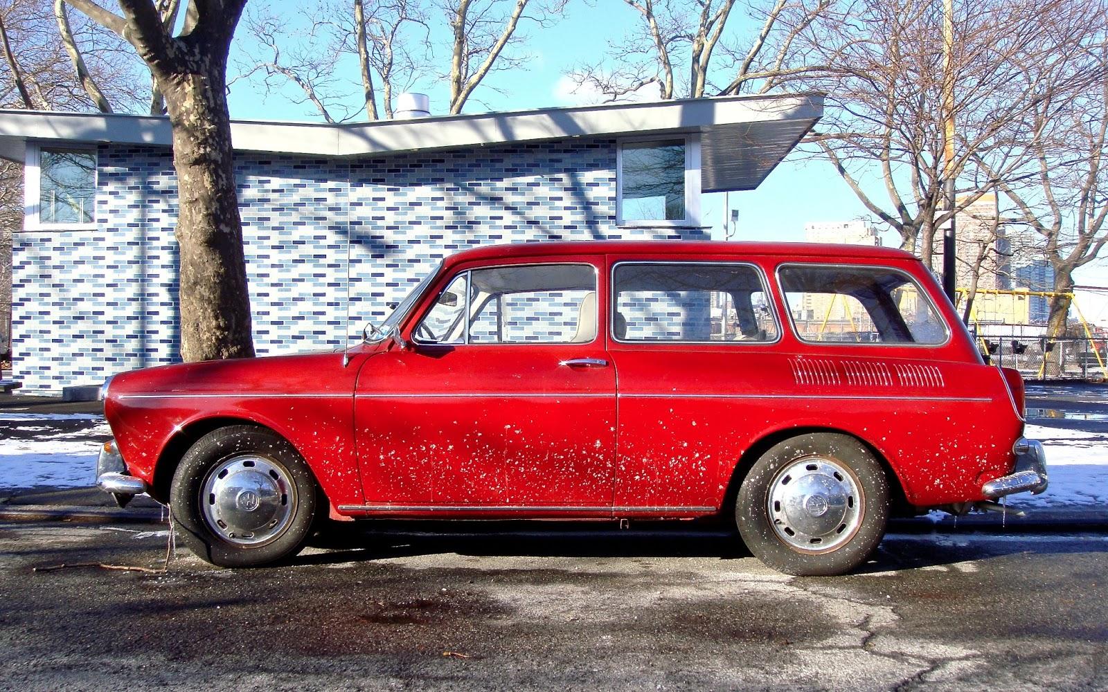 the street peep 1969 volkswagen type iii squareback. Black Bedroom Furniture Sets. Home Design Ideas