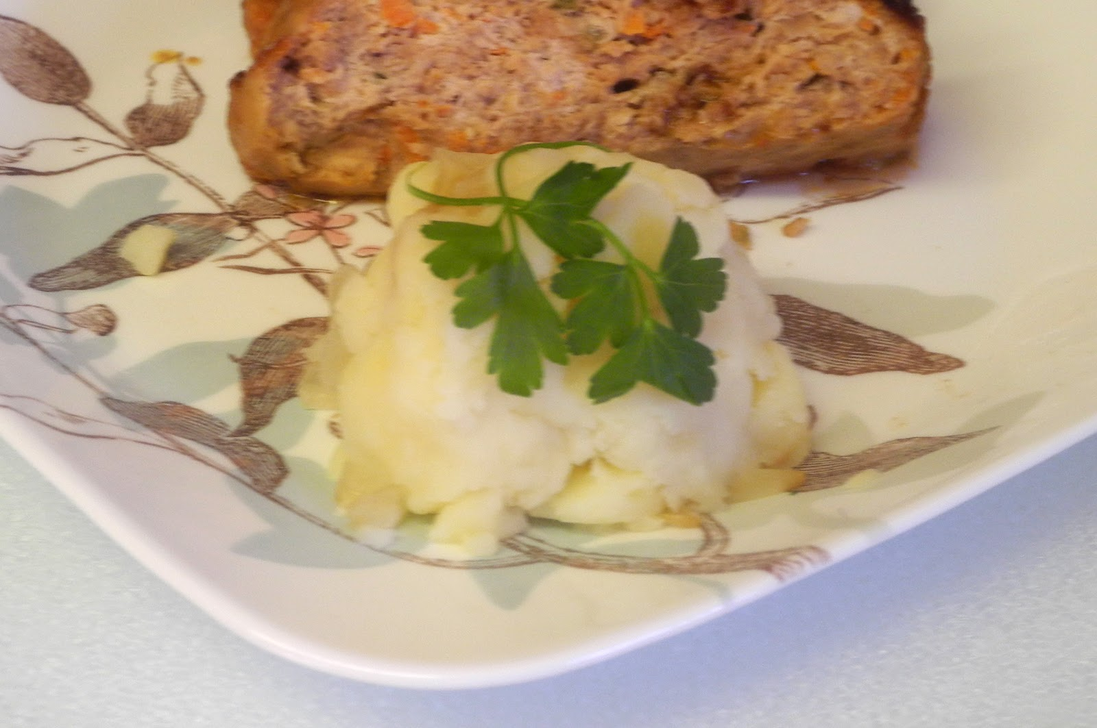 BIZZY BAKES: Caramelized Onion Mashed Potatoes