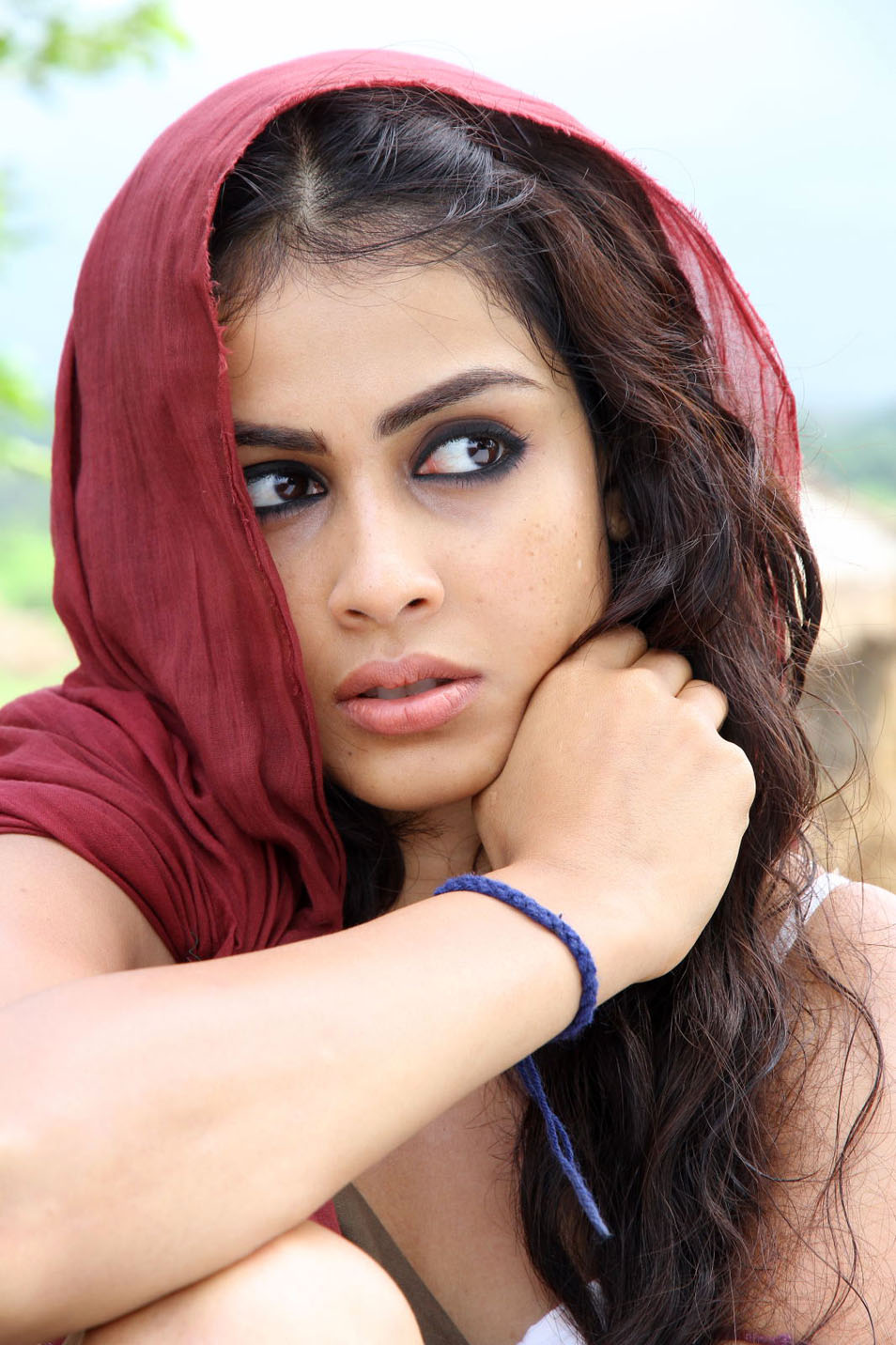 Genelia Hot Photo Stills In Urumi Movie | Tollywood Stars ...
