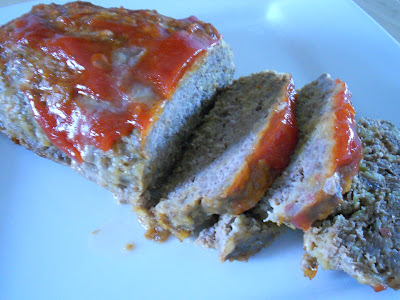 bacon cheeseburger meatloaf (sweetandsavoryfood.com)