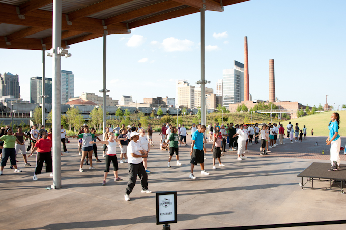 photo of exercise group at Railroad Park