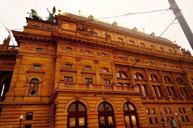 Национальный-Театр-Прага