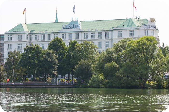 Fahrt mit einem historischen Dampfschiff auf der Alster Hamburg