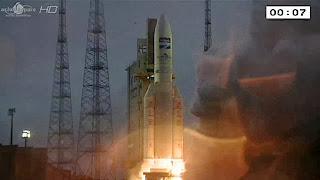 Европейский Ракета-носитель 'Ариан-5' вывел на орбиту два спутника связи