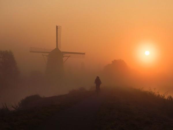 Morning Ride, Netherlands