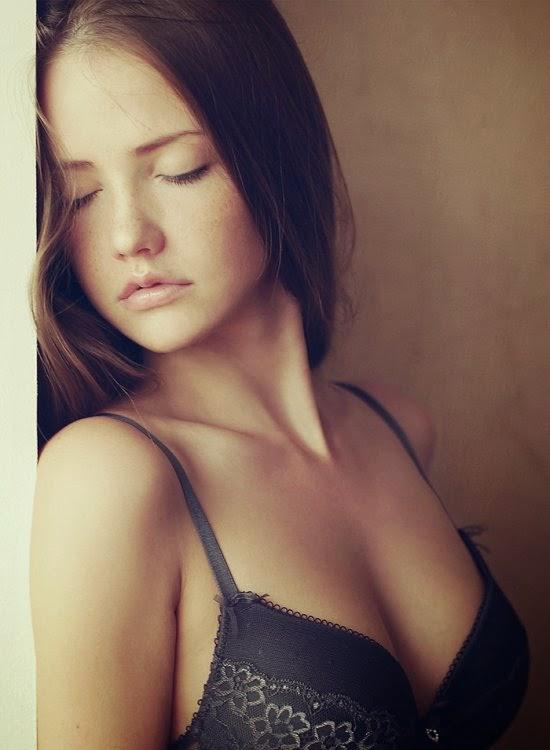 Stanislav Puchkovsky aka Sean Archer fotografia modelos sensuais lindas morena Nadya