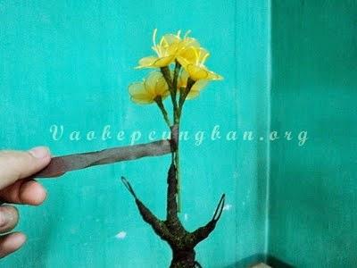 Cách làm cây hoa Mai bằng vải voan (lụa) đón Tết 7