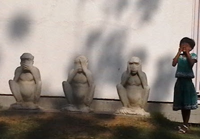 3 monkeys of gandhiji