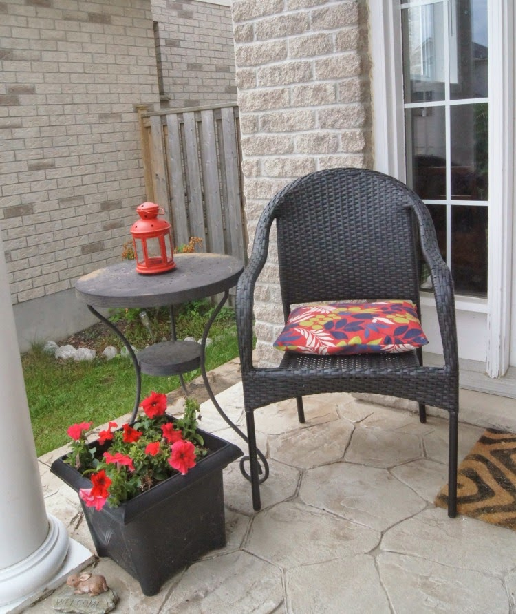 decorating a small porch with pops of colour