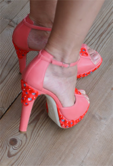 Loriblu shoes, scarpe Loriblu applicazioni, Loriblu coral sandals, Fashion and Cookies