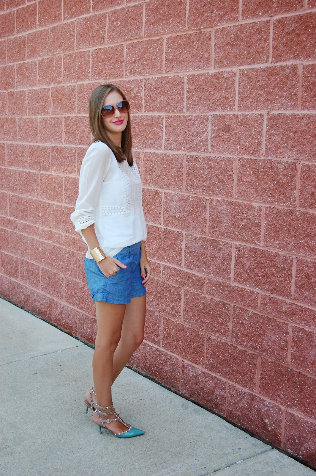 Wearing Loft Peasant Blouse, Chambray shorts, Prima Donna Gold Hathor Hammered Cuff , Wearing Blue Valentino Rockstuds, Summer 2014 looks