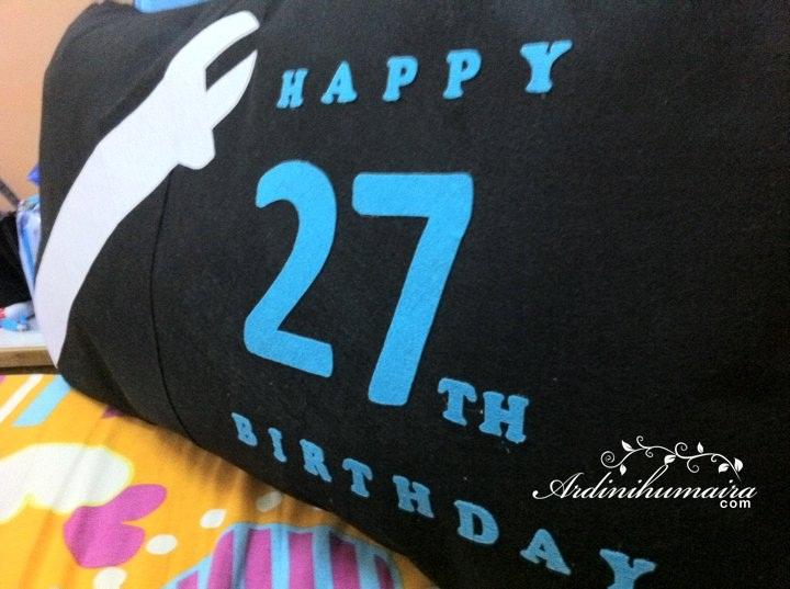 Giant Pillow   Tempahan daripada ex-classmate dni!