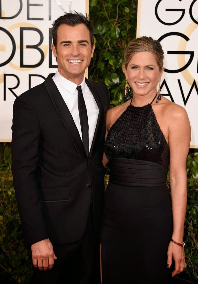 There's no denying it now, cause Jennifer Aniston looking so beauty and so mesmerizing while grabbing our attention on the 72nd Annual Golden Globe  Awards.  The actress kept our mind about the bright spirits to never ending as she donned a long dark gown to the red carpet event at Los Angeles, CA, USA on Sunday, January 11, 2015.