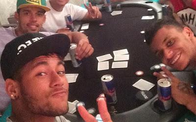 Neymar playing poker
