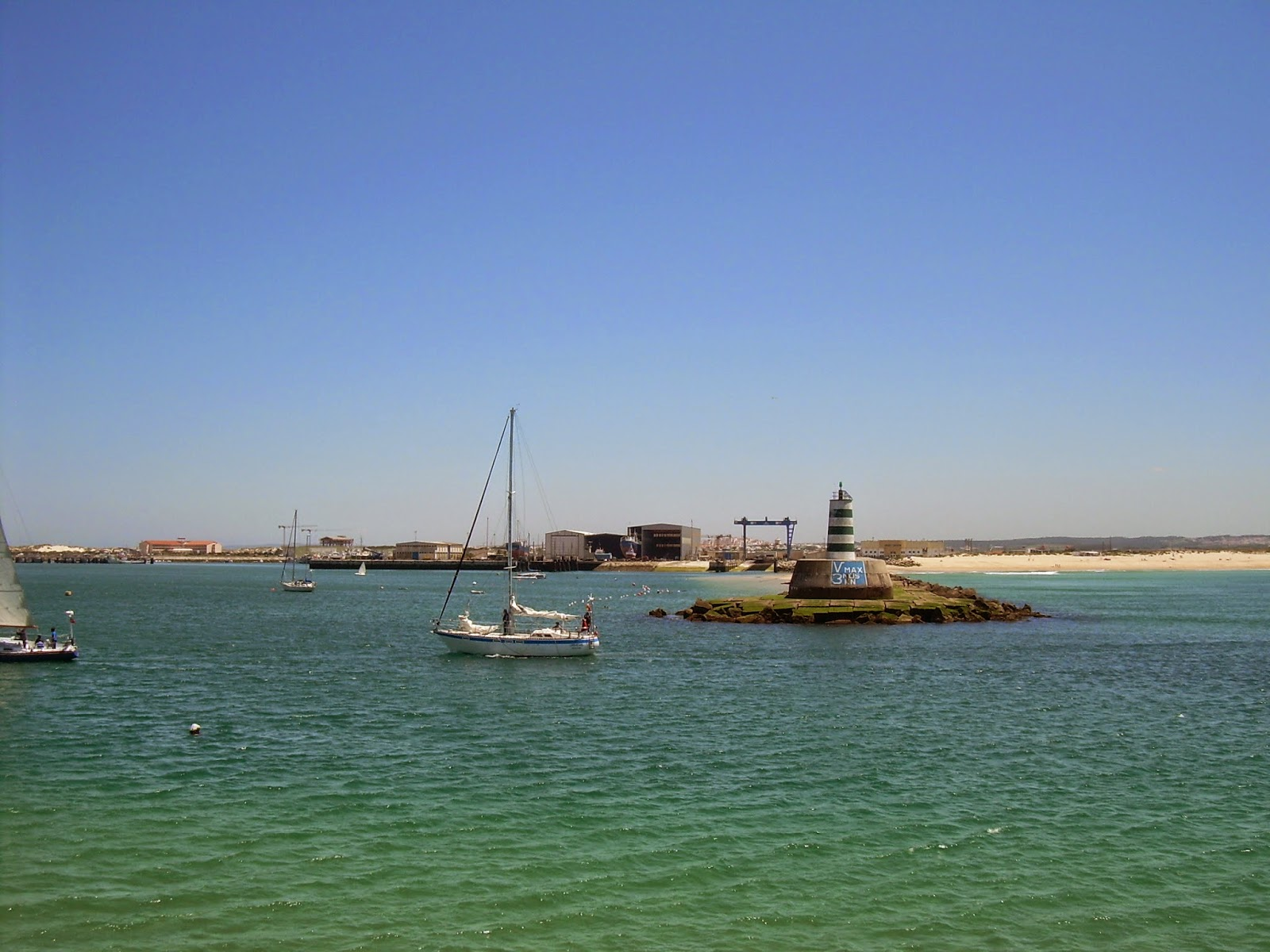 Port of Peniche entrance