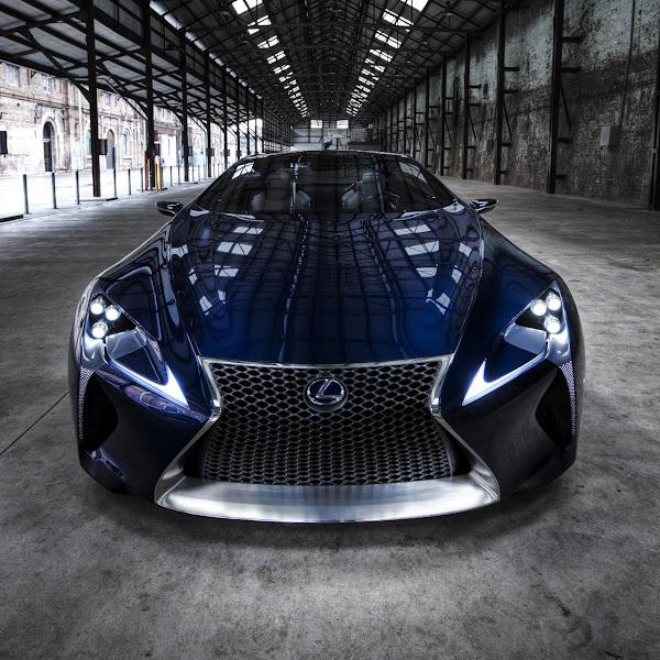 Lexus LF-LC Blue front