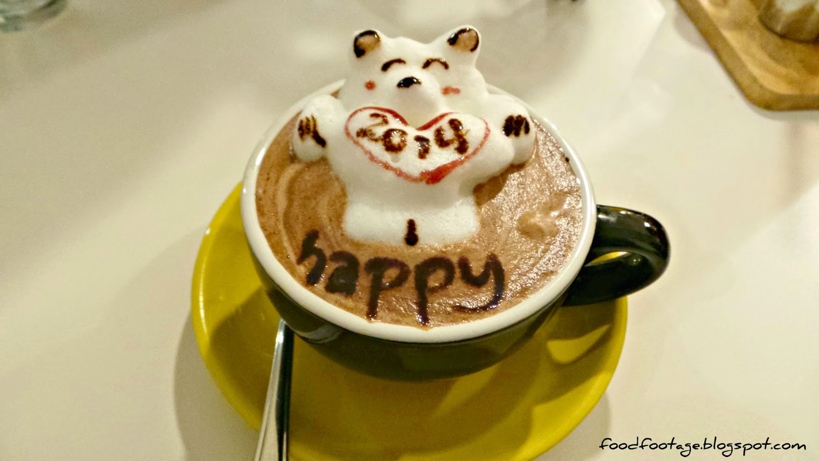how to make weird latte art
