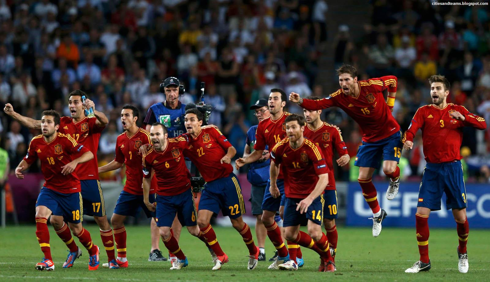 http://2.bp.blogspot.com/-rRW7fjhaFEc/T-36sZ0RAcI/AAAAAAAAGqE/C97c7IA7JpM/s1600/Spain_National_Football_Team_Final_Celebration_Euro_2012_Hd_Desktop_Wallpaper_citiesandteams.blogspot.com.jpg