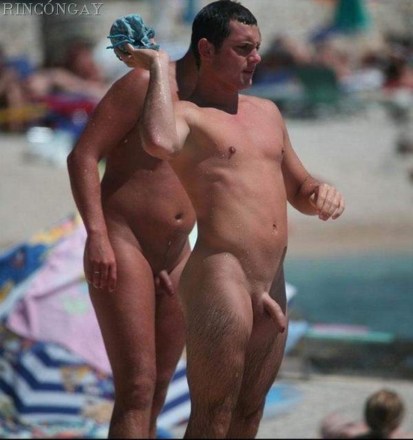 Yenobek: El Hombre Mquina: 100 hombres desnudos