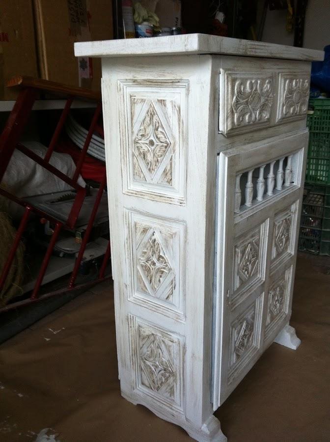Un mueble castellano anticuado reciclado 39 el bricolaje de - Muebles castellanos ...