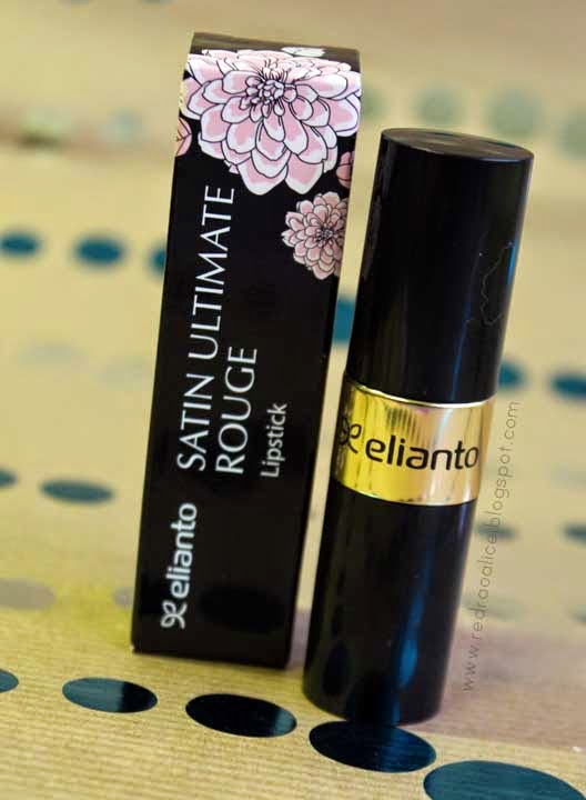 Elianto Satin ultimate rouge lipstick M08, Elianto cosmetics, Makeup in Malaysia, Pink lipstick, pink pout, pink lips, sexy lips, kiss, Makeup blogs in Pakistan, Best beauty blog of pakistan, Lipstick lover, Lipstick, Lipstick freak