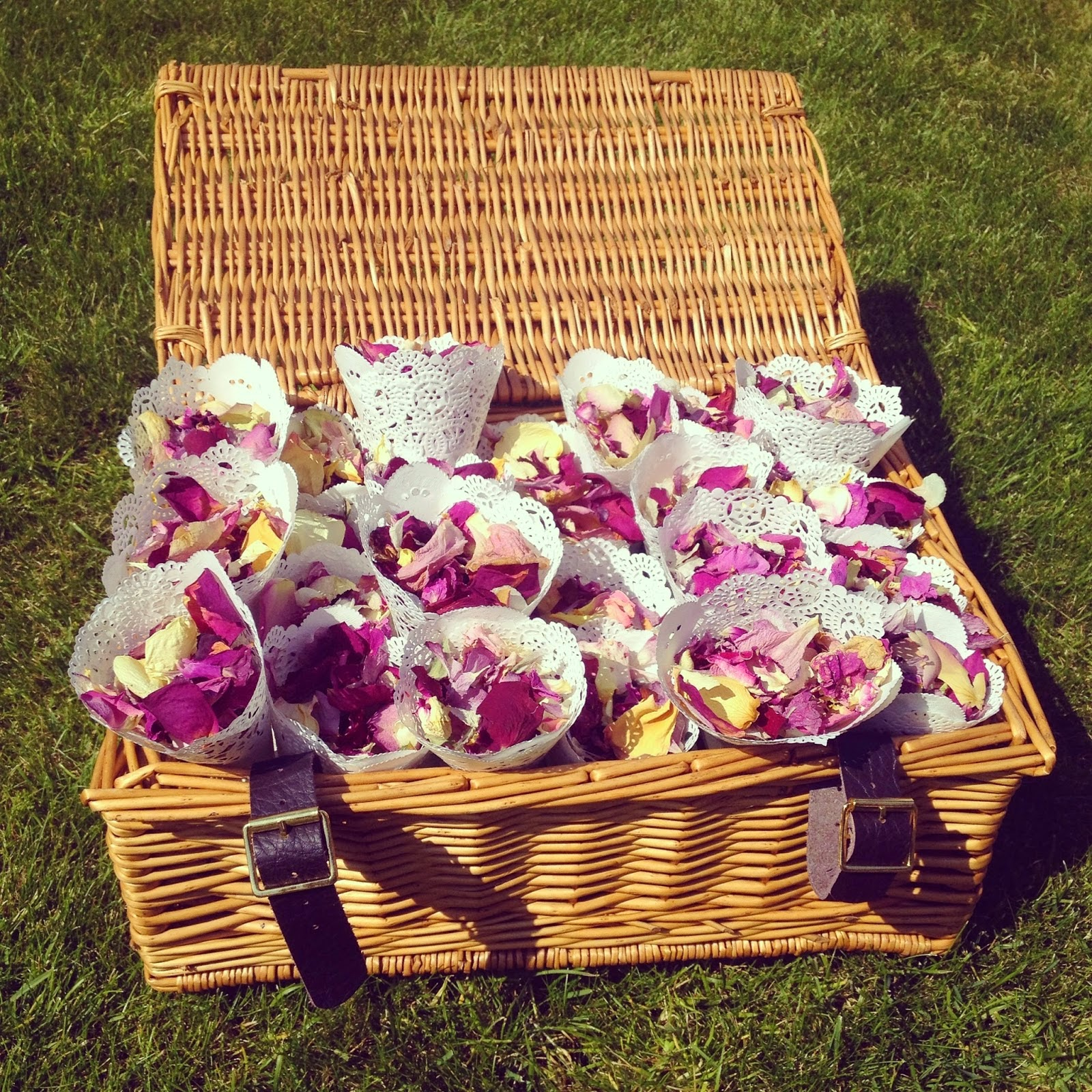 wedding dried rose petals and doily confetti cone diy. Black Bedroom Furniture Sets. Home Design Ideas