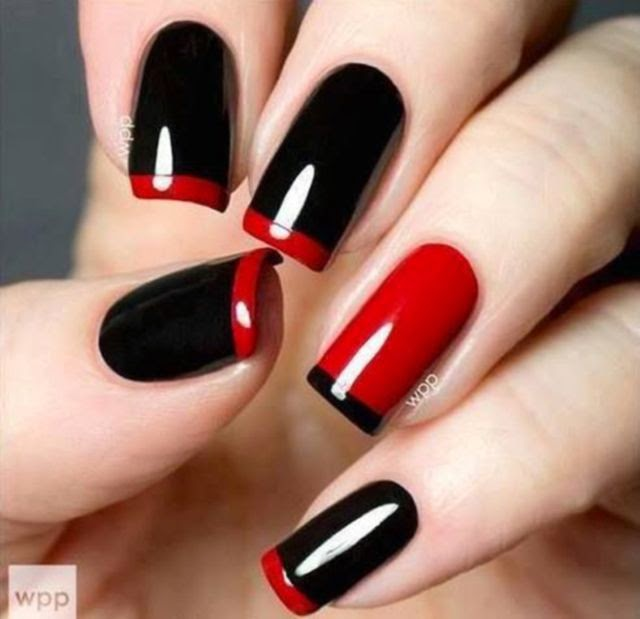 red clasic nail art design with black red color