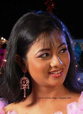 Look of archita sahu odia celebrities for Archita ghosh