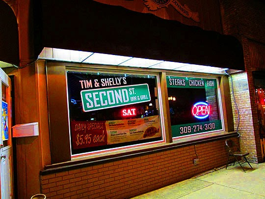Tim & Shelly's Second St. Bar & Grill: