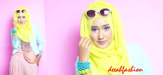 Trend Tabrak Warna ala Dian Pelangi Spring Hijab Style