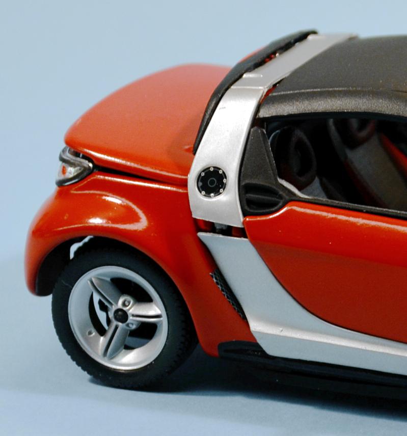 smart move bburago smart roadster metal kit scale. Black Bedroom Furniture Sets. Home Design Ideas