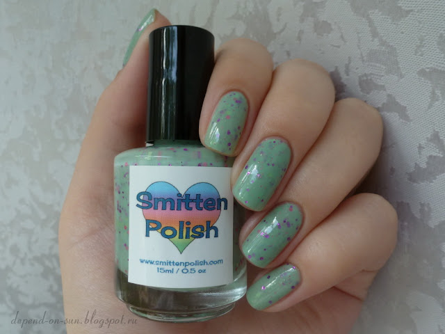 Smitten polish Pink goes good with green!