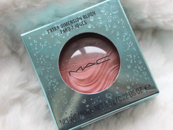 MAC Alluring Aquatic - Sea Me, Hear Me Blush.
