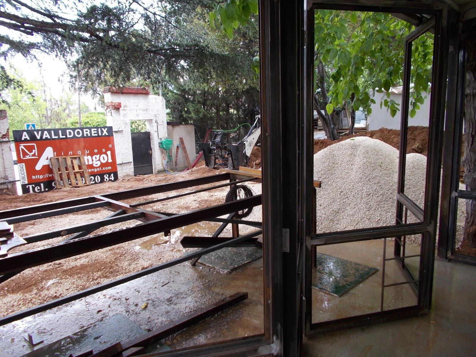 PRIMERA PRUEBA SOBRE EL PLEGADO EN ZIG-ZAG DE LOS VENTANALES