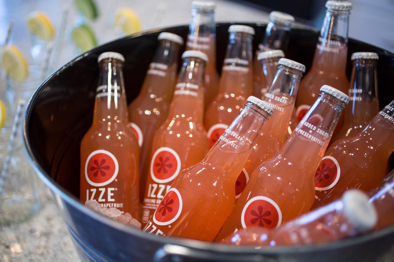 Izze Grapefruit Drinks