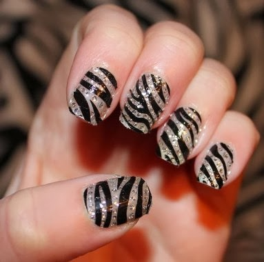 Arcyclic Zebra Nail Art Tips