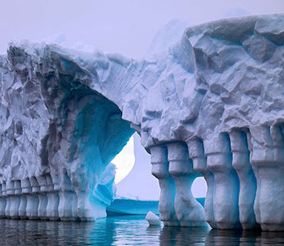 La Antártida argentina, destino de vacaciones Canal-de-lemaire
